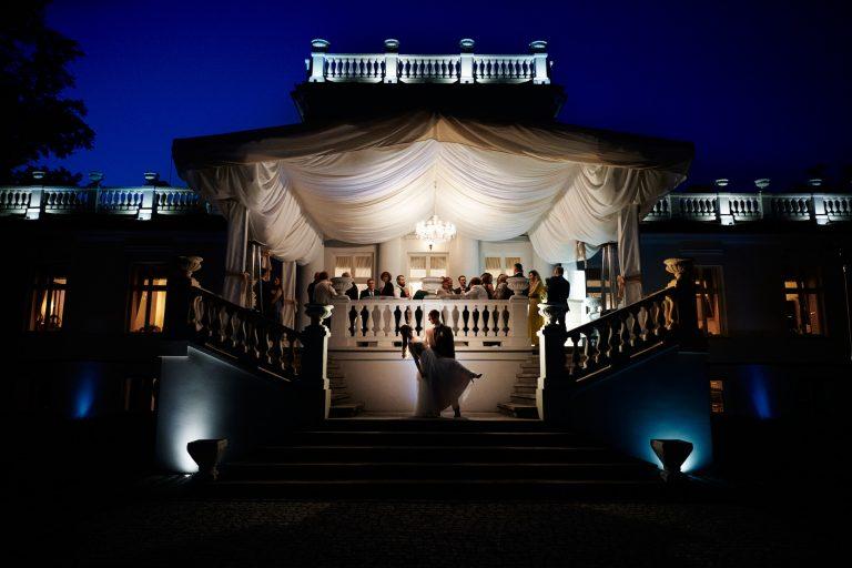 reportaż ślubny w pałacu po zmorku